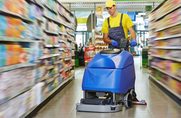 Noleggio macchine per pulizia pavimenti